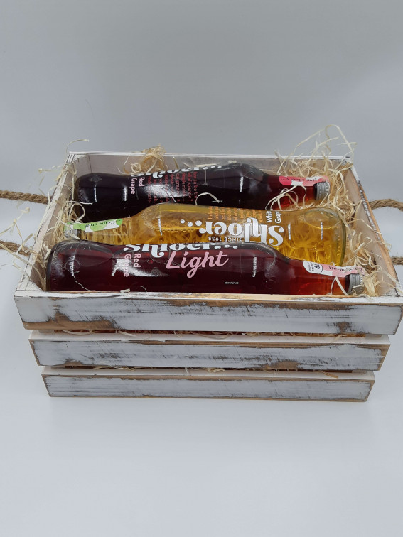 Non-alcoholic gift crate